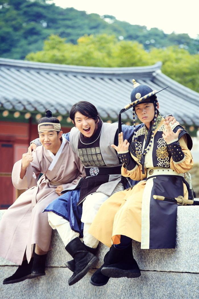 """[조선 총잡이] 이준기 """"끝까지 마무으리 파이팅.."""
