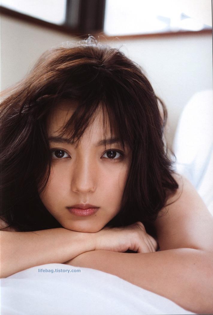 마노 에리나 (Erina Mano / 真野恵里菜)의 [ZERO Photobook 6] 화보 이미지 모음