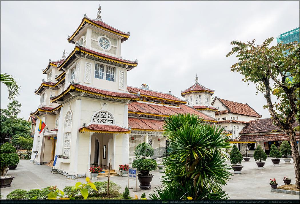 베트남 (9) - 안방비치, 다낭 대성당, 까오다이교 사원, 한시장