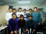 연구실에서 단체사진