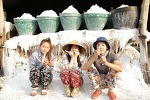 '용감한 가족' AOA 설현이 라오스 촬영의 비하인드 컷을 공개!
