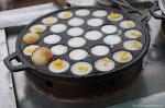 캄보디아의 전통간식부터 혐오음식까지 다양한 길거리 간식