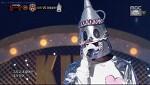 복면가왕 양철로봇 신용재, 정체 예측 결정적 힌트 손과 음색