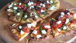 느끼하고 짜지 않은 피자, 난(naan) 과 염소치즈로 만드는 홈메이드 피자