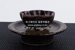 X95. 도자기 잔잔대 -여기저기 알튐 및 가마유가 보임- (98g, 250g)