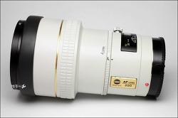MINOLTA AF APO TELE 200mm 2.8