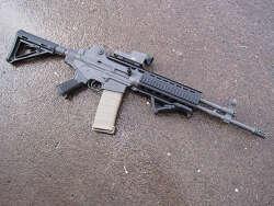[미국] 한국의 수출형 AR-200 (K2) 개조