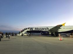 모나키 항공으로 영국에서 스페인으로!