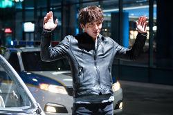 당대 최고의 액션 배우, 지창욱이라서 꼭 봐야 하는<조작된 도시>