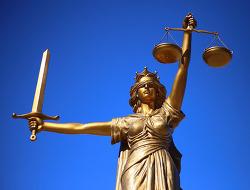[141호] 헌법의 주체로서 광장의 국민에 관한 헌법해석적 검토_박찬권