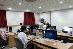 영상편집합성 '플레임' 수업에 와콤 인튜어스 활용으로 수업능률 쑥쑥 - 한국애니메이션고등학교 영상연출과