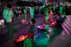 광화문광장과 서울광장의 월드컵 응원 열기와 졸전