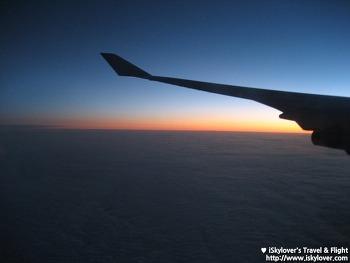 뉴욕으로 향하는 길 - 대한항공 KE085