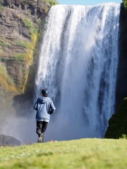 아이슬란드 캠핑카 여행 8 일차 - 스코가폭포 ( Skogafoss ) / 셀라란즈폭포( Seljalandsfoss ) / 굴폭포 ( Gullfoss ) /  게이시르 ( Geysir ) / Tjaldstæðið Laugarvatni 캠핑장