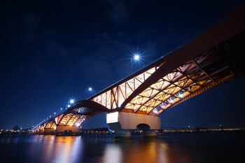 [소니 알파 온라인 아카데미] 돋보이는 풍경사진 원 포인트 레슨 1편 : 저조도 야간 촬영을 위한 카메라 세팅