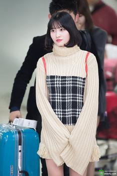 [2018.03.31] 김포공항 입국 트와이스