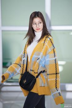 [2018.02.03] 김포공항 입국 트와이스 사나