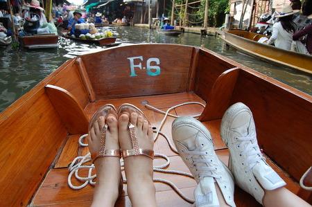 방콕 여행 코스 - 담넌싸두악 수상시장에서 만난 사람들