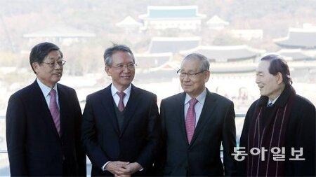 [2016-12-12 동아일보] 탄핵 가결 이후 / 원로에게 길을 묻다