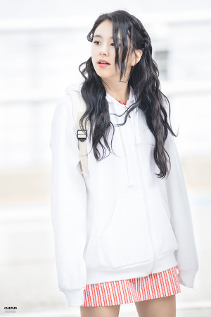 [180415] 인천공항 출국 - 채영이