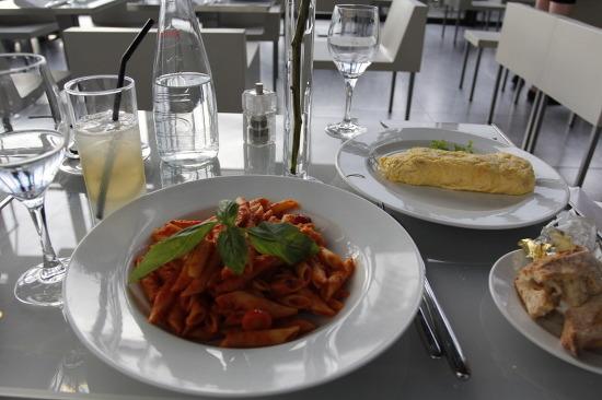 퐁피두 센터 레스토랑 Georges, 파리 3대 미술관에서 식사하기