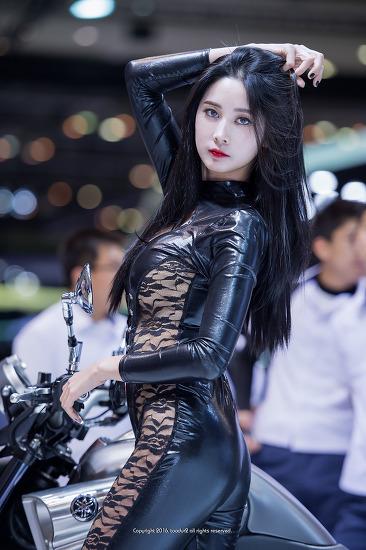 레이싱모델, 한유리: 부산국제모터쇼