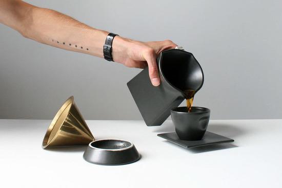 *커피 드리퍼 Daniel Kamp Has Designed A Minimalist Pour Over Coffee Brewer