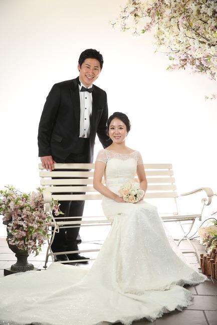 김정현 신유리 결혼합니다 ㅎㅎㅎ