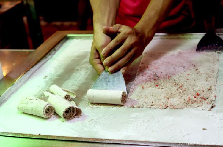 독거미 튀김과 뱀 꼬치? 캄보디아 여행에서 만난 이색 길거리 음식