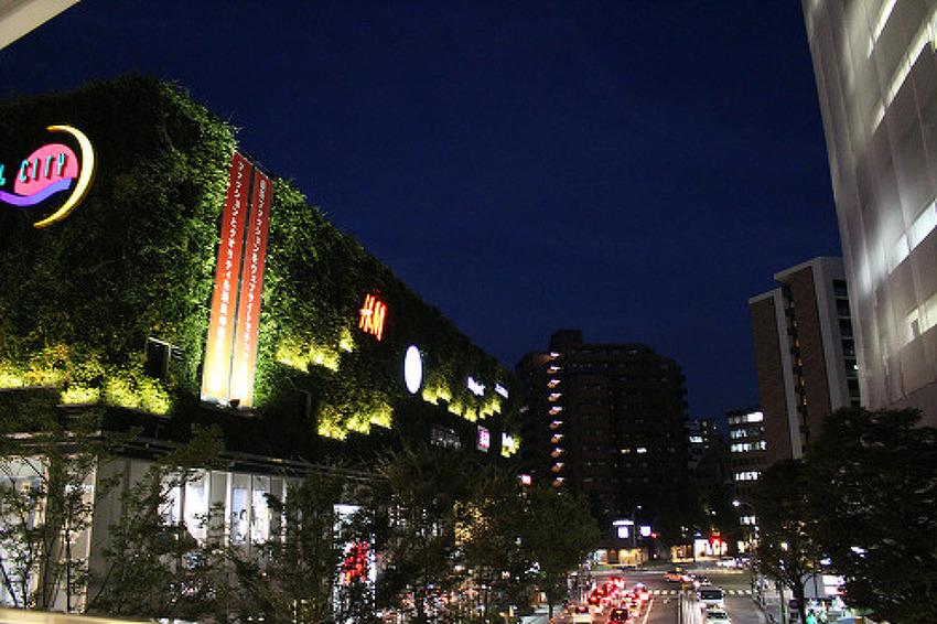 후쿠오카의 '캐널시티 하카타'에서 쇼핑을~