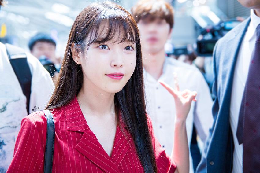 [16.07.29] 인천공항 아이유 출국 직찍 By.YoonKB