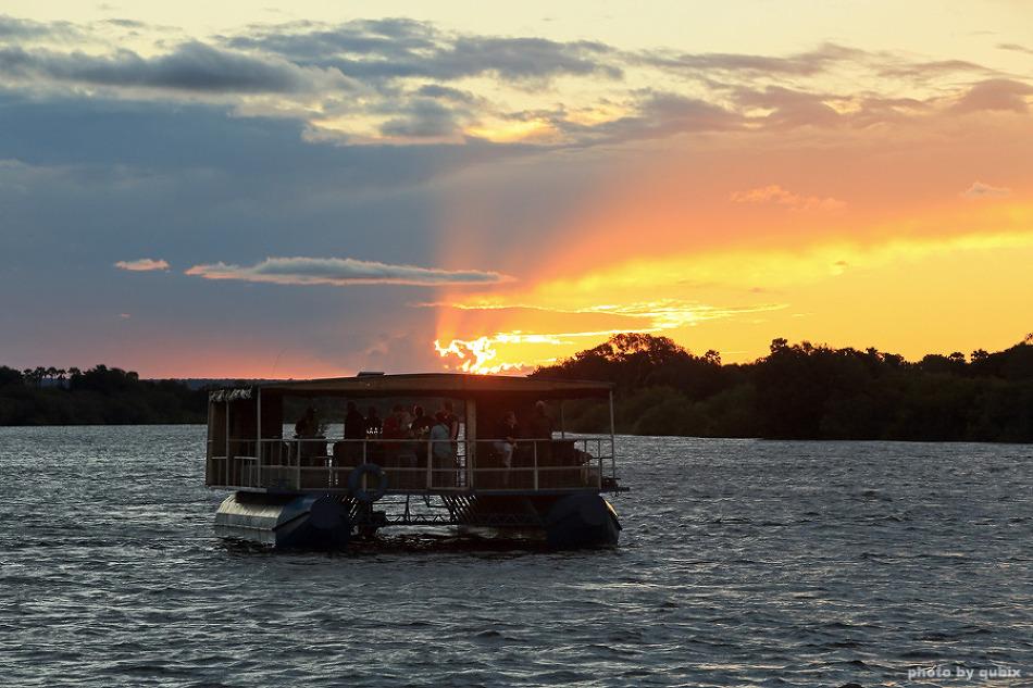 [짐바브웨 여행] 잠베지강의 아름다운 일몰을 볼 수 있는 선셋크루즈