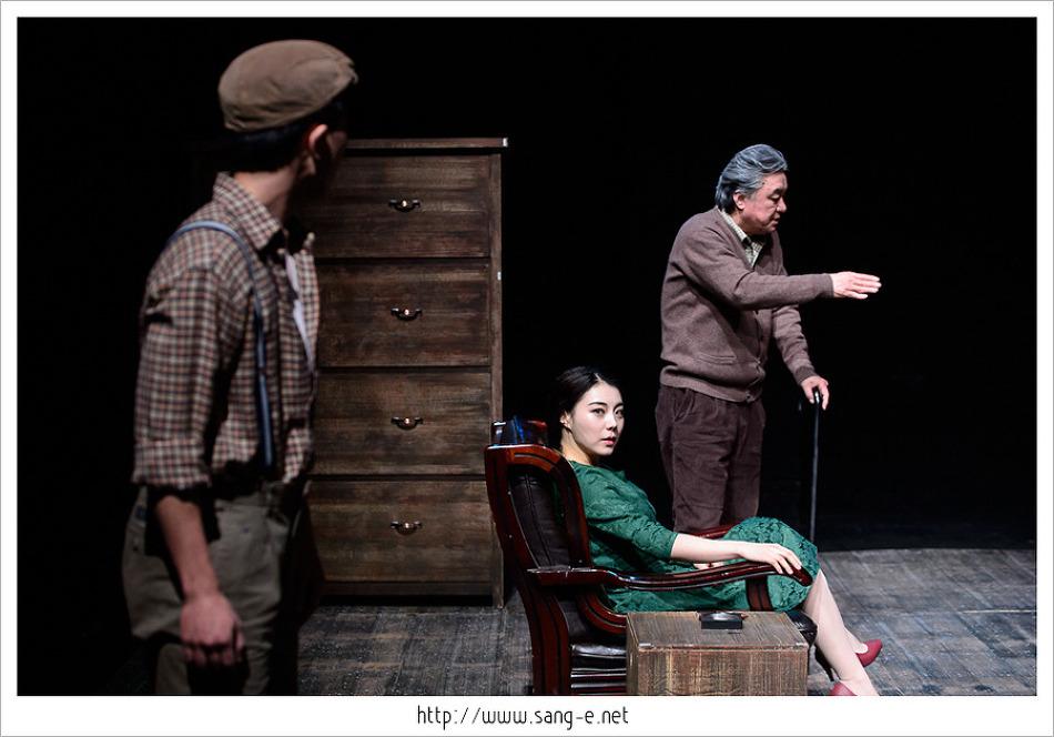 """아르코예술극장 소극장에 연극 """"귀향"""" 드레스 리허설 촬영 다녀왔습니다."""