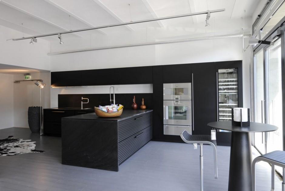 Schiffini opens new kitchen showroom in for Kitchen design zurich