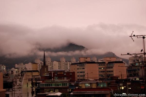 추석 서울 물난리, 누런 하늘 사진
