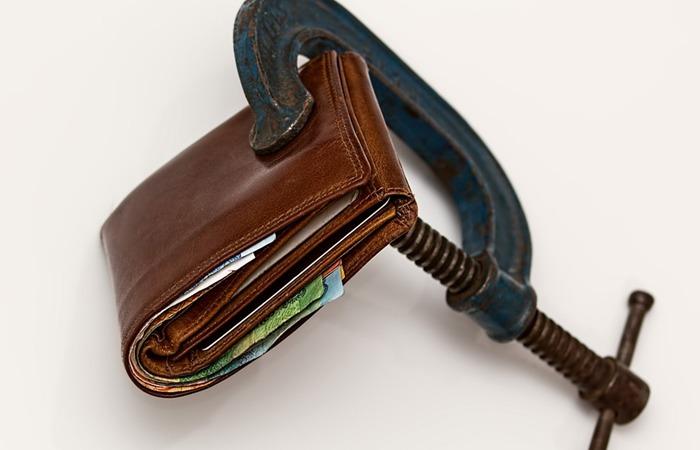 사진: 정부와 개별 금융권은 2017년 8월 말까지 소멸시효완성채권을 소각하고, 9월 1일부터 소멸시효 탕감 확인방법을 제공하여 신용불량자에게 희망을 주기로 했다. [채권소멸시효 탕감 확인방법]