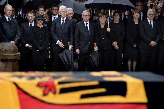 헬무트 콜의 씁쓸한 장례식