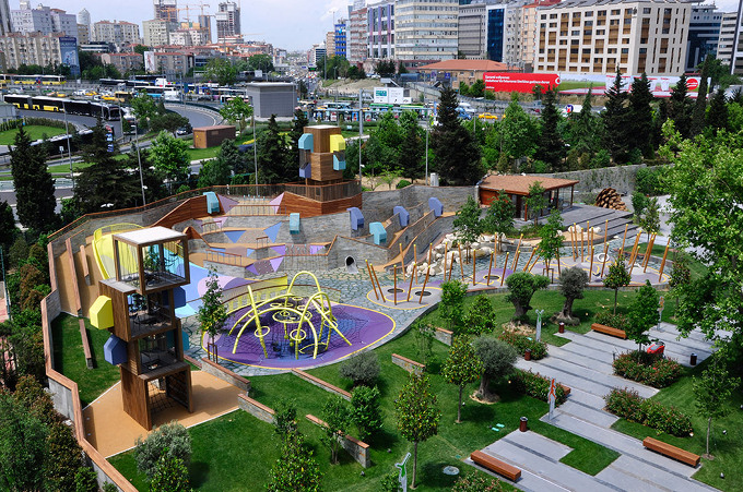 Carve Playground At Zorlu Centre 5osa