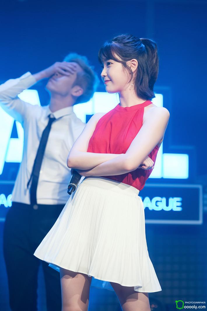 [2017.07.14] 서든어택 챔피언스 리그 개막전 축하공연 아이유