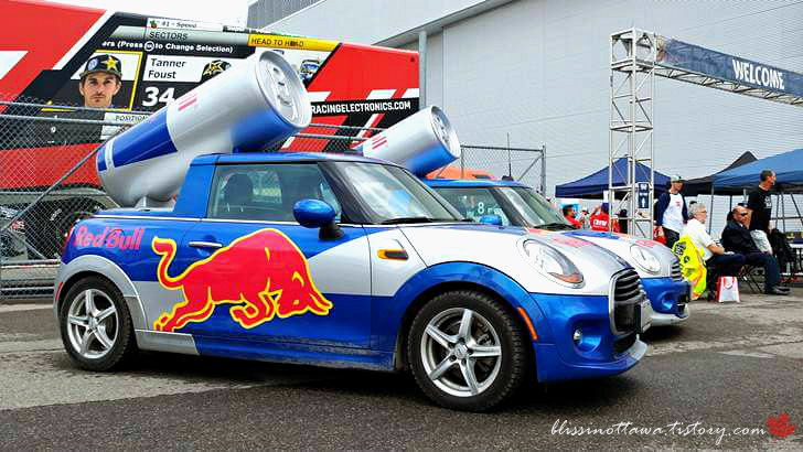 레드불 주최 글로벌 자동차 경주입니다