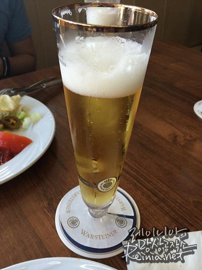 시원한 필스너 맥주
