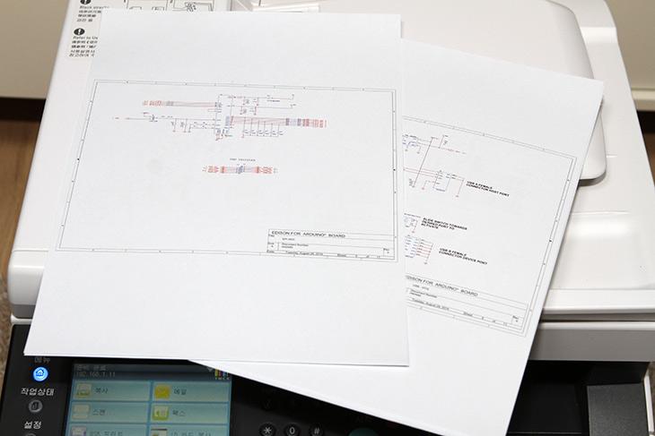 후지제록스 ,DocuPrint, CM225fw ,사진, 문서, 출력,  부가기능,IT,IT 제품리뷰,가격이 비교적 저렴한 레이저 복합기 소개 합니다. 성능은 꽤 괜찮았는데요. 후지제록스 DocuPrint CM225fw 사진 문서 출력 및 부가기능에 대해서 알아보도록 하죠. 몇가지 자주 사용하는 부분에 편리한 기능을 제공 합니다. 후지제록스 DocuPrint CM225fw는 가정용으로도 그리고 출력을 많이 하는 사무용으로도 어울리는 제품입니다. 특히 편했던 것은 인터페이스가 상당히 직관적이고 편리하게 되어있었다는 점 입니다.