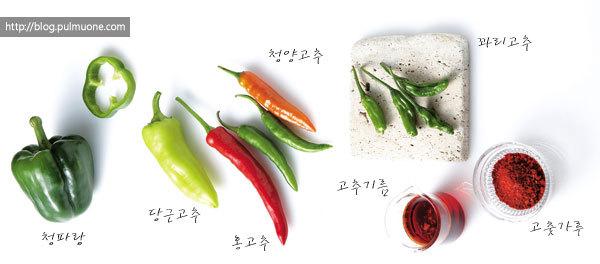 고수들이 말하는 짜장면 '더' 맛있게 먹는 비법...매운맛, 토핑, 골든타임을 더해라!