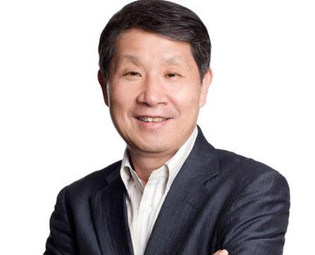 구학서 신세계 전 회장 '위안부 합의' 이대 친일 특강