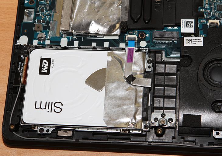 레노버, IdeaPad Y700 ,게이밍 노트북 ,배틀필드4, GTA5,IT,IT 제품리뷰,게임을 즐길 목적으로 노트북을 선택 시 중요한 요소들이 있습니다. 그 부분을 평가를 해보도록 하죠. 레노버 IdeaPad Y700 게이밍 노트북으로 배틀필드4 GTA5 등을 해 봤습니다. 제가 가끔 하는 게임이긴 합니다. 그리고 가장 많이 하는 게임이기도 하죠. 자신이 하려고 하는 게임이 무난한 옵션에서 문제가 없이 동작하는지 중요합니다. 레노버 IdeaPad Y700 게이밍 노트북은 스카이레이크 최신 CPU에 DDR4 메모리 그리고 960M을 넣었습니다. 그리고 화면은 FullHD 화면입니다 덕분에 왠만한 게임은 무난한게 동작을 하더군요.