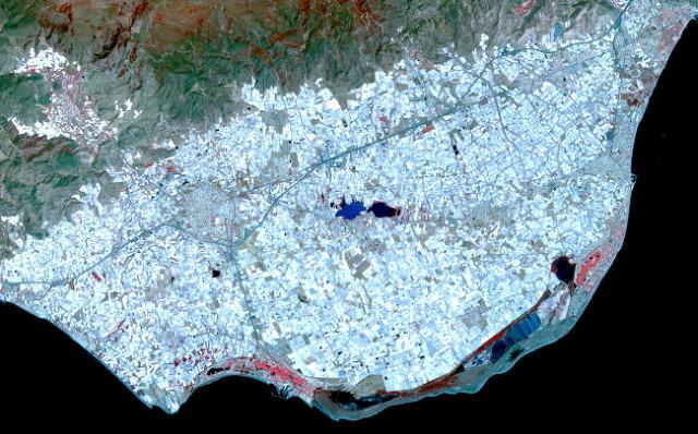 플라스틱의 바다. 스페인 알메리아 지역 항공사진