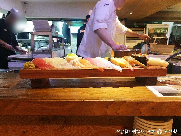 논현동 초밥, 김태완 스시