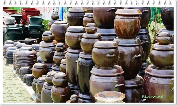 삼랑진 송지시장의 옹기전