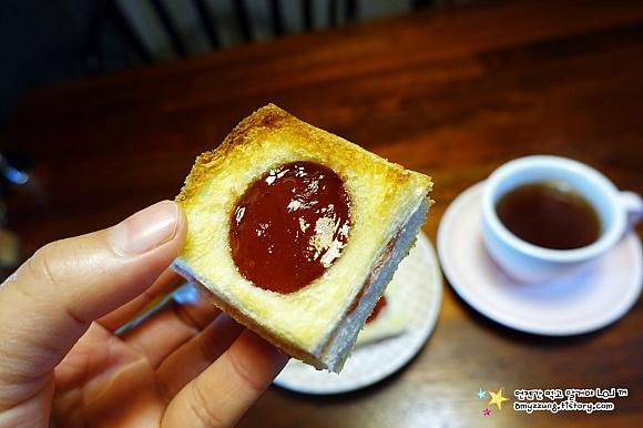 새콤 달콤 바삭~디저트가 되는 식빵요리 '딸기파이 만들기'