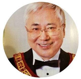 일본 재력가 타카스 카츠야 트위터 사진